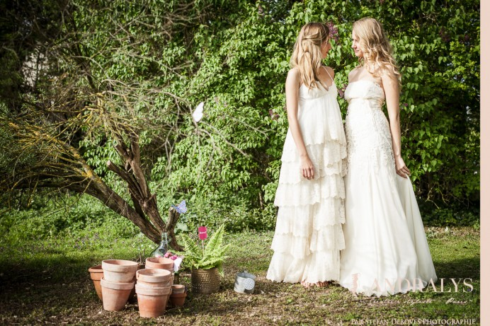 Shooting d'inspiration bohème hippie : robes de mariée Joan et La Bohème
