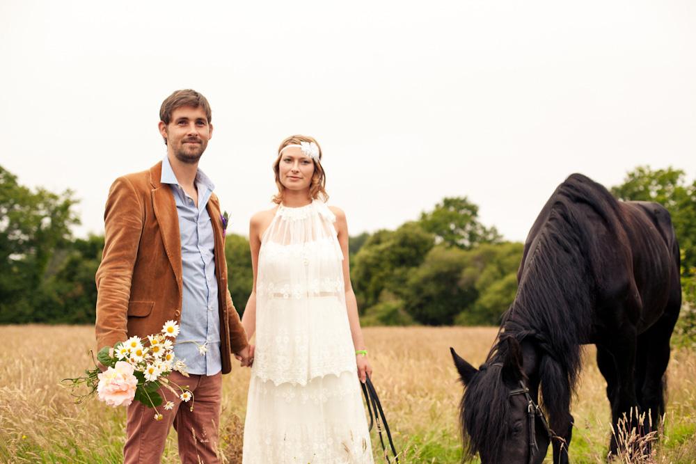 Robe de mariée bohème pour un joli mariage champêtre
