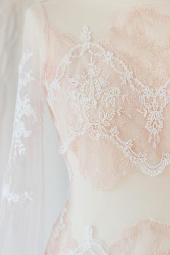 Robe de mariée féerique Nude