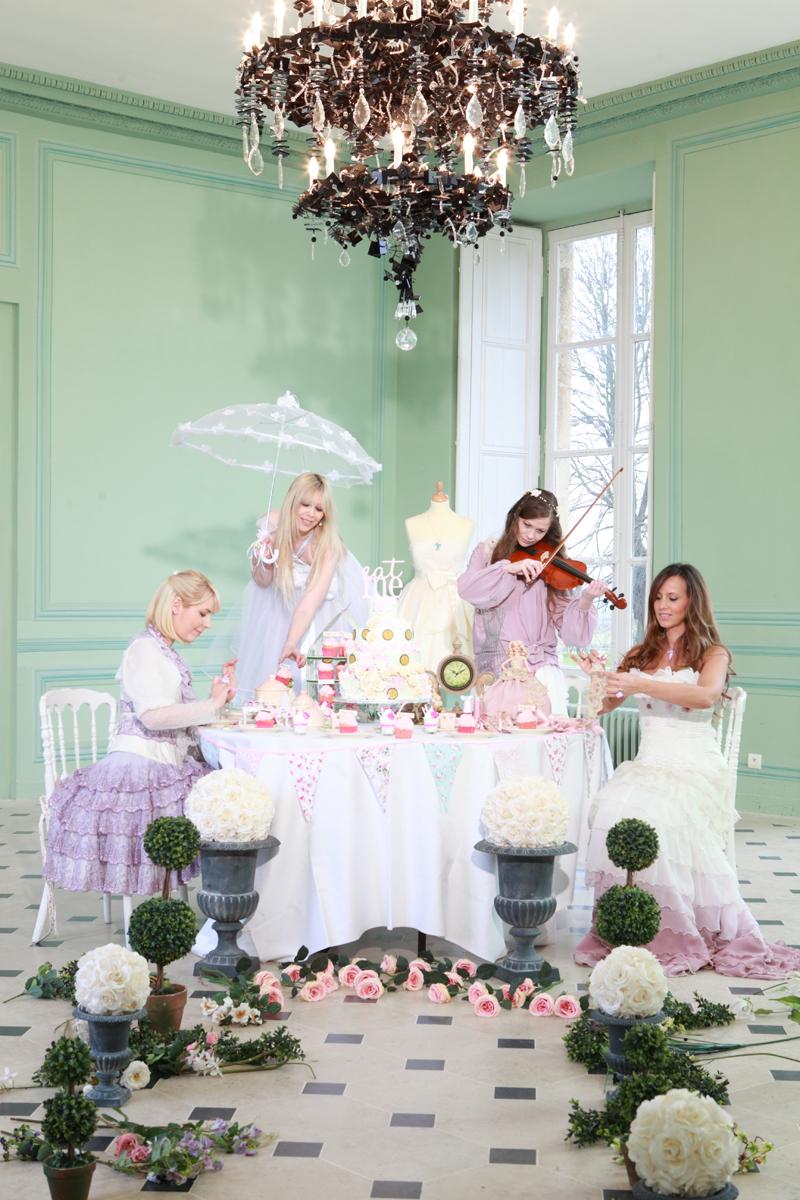 Robe de mariée courte Alice au pays des merveilles