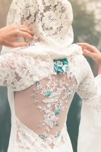 Robe de mariée elfique Dame Blanche Mary-Gabrielle - broderie du dos