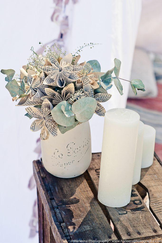 Mariage hippie boho chic fleurs et bougies