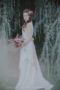 shooting-inspiration-mariage-boheme-foret-robe-mariee-boheme
