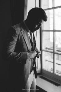 shooting-inspiration-mariage-gabriel-bordeaux-costume-homme