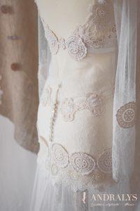 Robe de mariée bohème hippie sur-mesure à Bordeaux