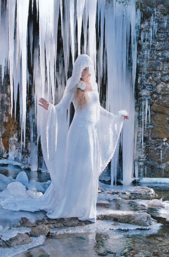 robe-mariee-medievale-elfique-Dame-blanche