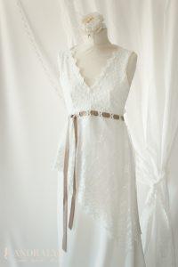 Robe de mariée champêtre bohème Ribye encolure et ceinture haute