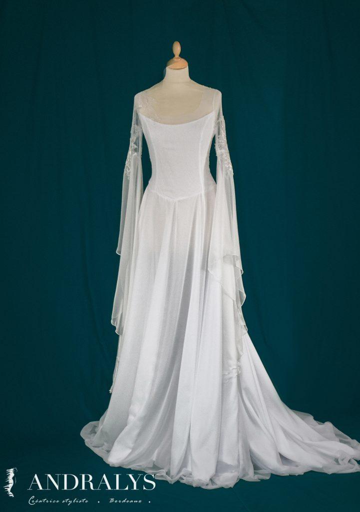 robe-mariee-elfique-bordeaux