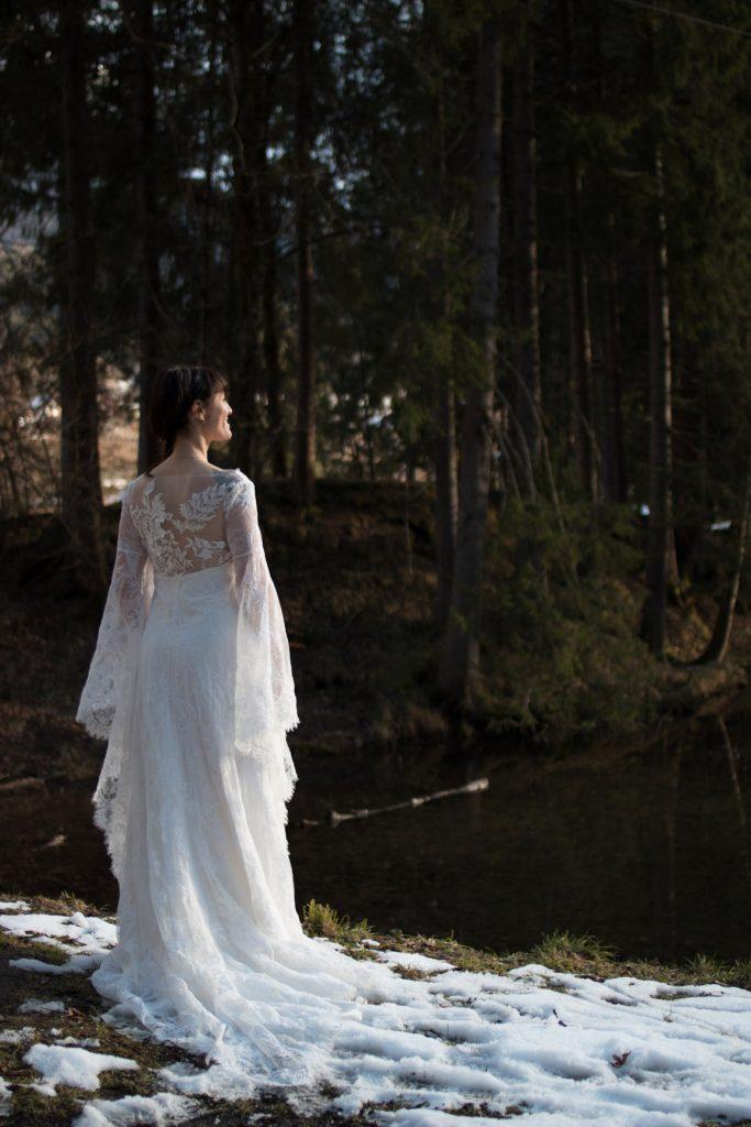 Robe-elfique-mariage-bordeaux