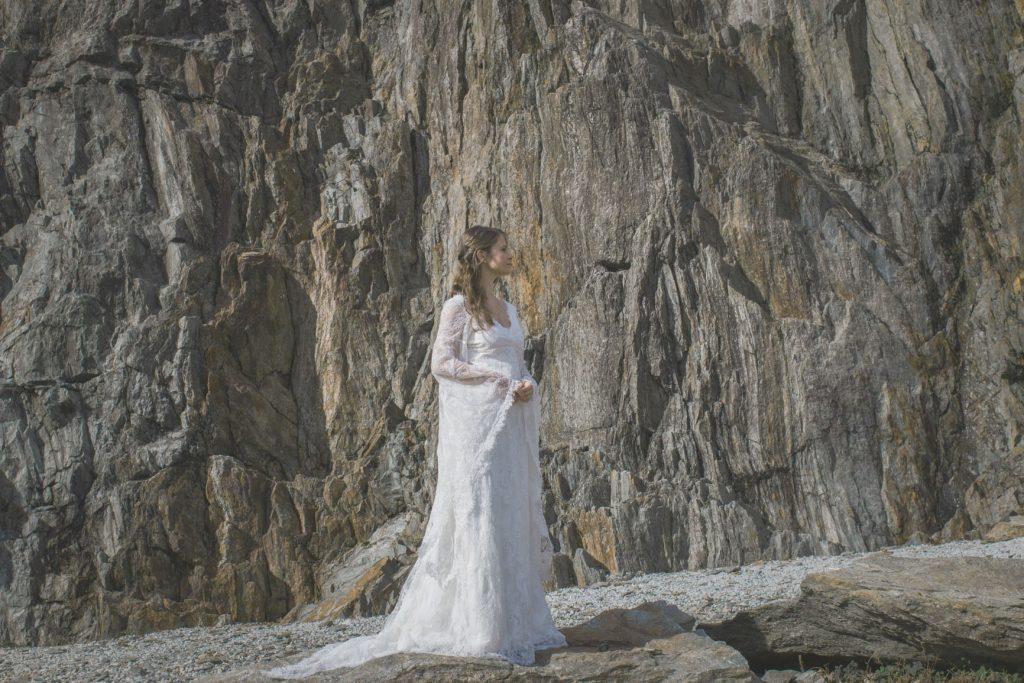 robe-mariage-elfique-dentelle-blanche