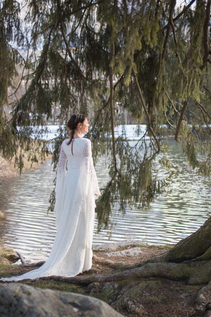 robe-mariee-medievale-dentelle
