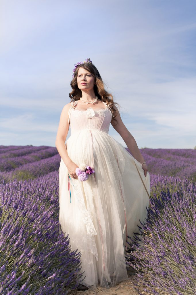 robe de mariée dentelle chantilly et dentelle de calais