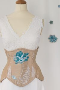 corset underbust brodé