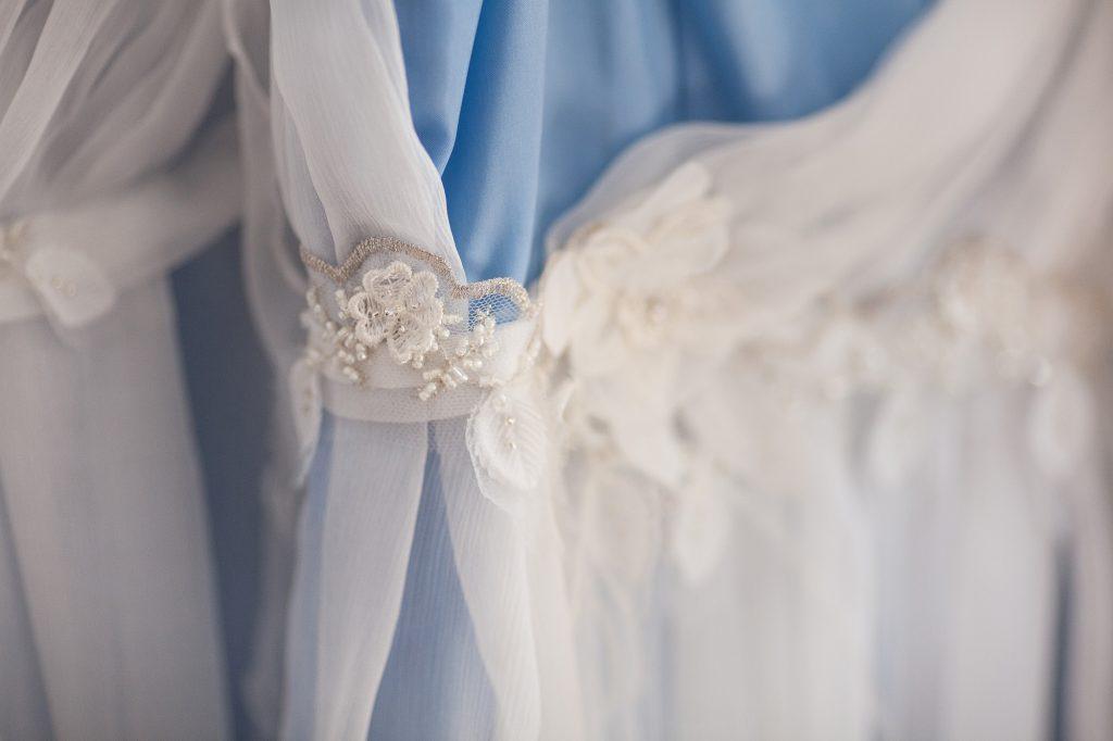 robe-de-mariée-unique-princesse-détail-dentelle