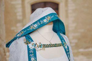 cape médiévale mariage