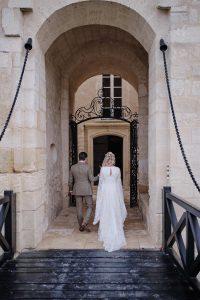 mariage chateau La Tour Carnet - pont levis