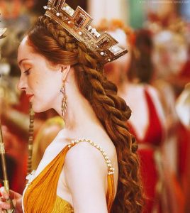 Coiffure-mariage-medieval-couronne