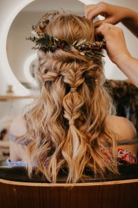 Coiffure-mariage-nature-cheveux-longs