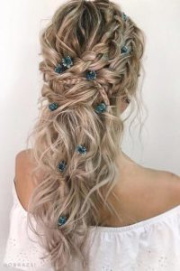 Coiffure-mariage-nature-cheveux-longs-tresse