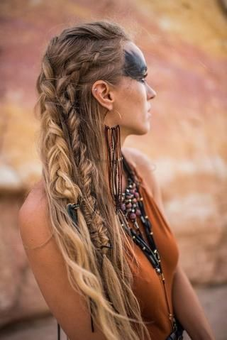 Coiffure-mariage-viking-cheveux-longs