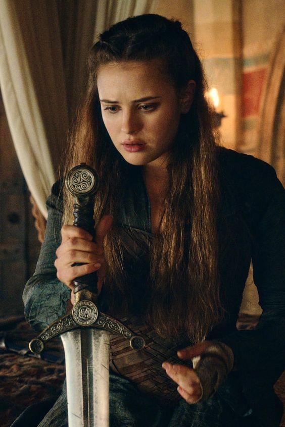 mariee-medievale-elfique-cursed-la-rebelle