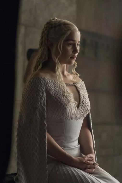 robe-mariee-sur-mesure-costume-daenerys
